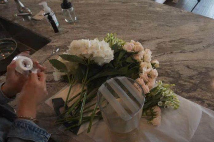 Jednostavan trik da cvijeće u vazi izgleda lijepo i raskošno